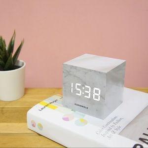 BNIB block clock